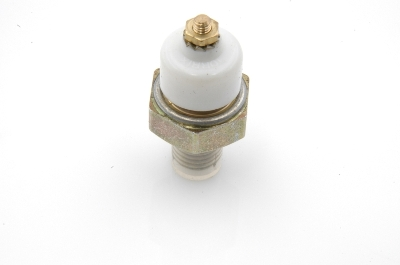 Oil pressure warning switch M10